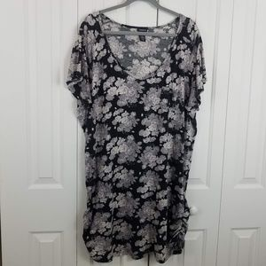 Torrid Tunic Floral Black and Grey Top